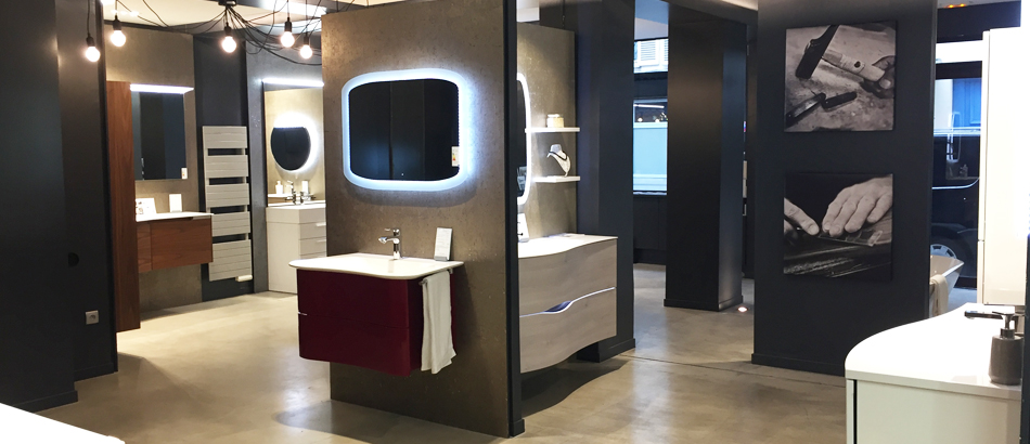 salle de bain showroom trendy baignoires with salle de bain showroom amazing panneau. Black Bedroom Furniture Sets. Home Design Ideas